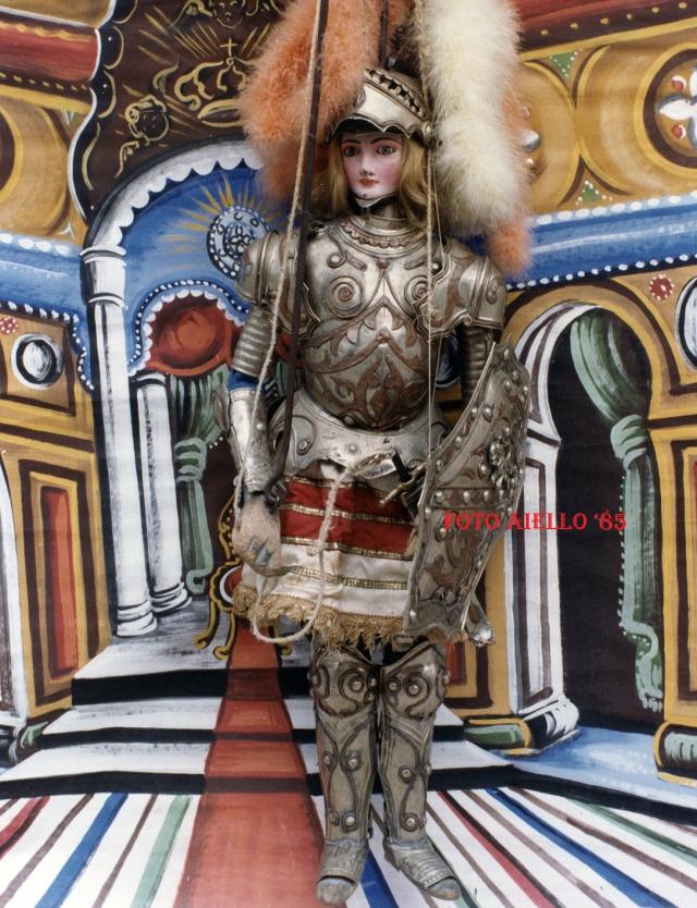 Bradamante,la donna guerriero,innamorata di Ruggero.