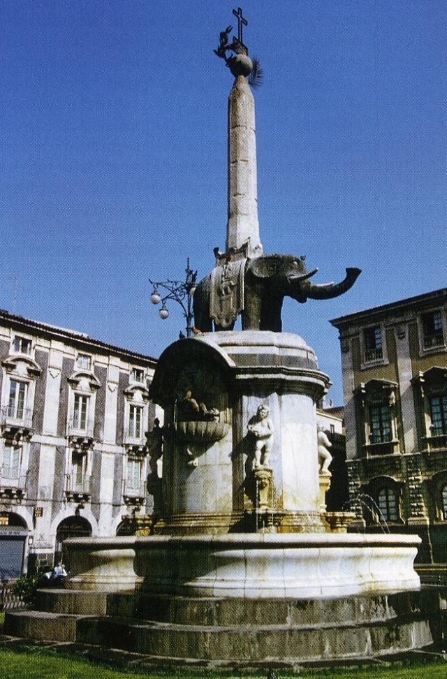 Catania-L'Elefante di Piazza Duomo-      foto Aiello