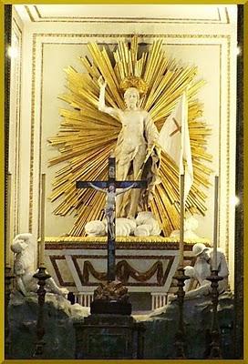 Duomo di Palermo-Altare maggiore.Cristo risorto