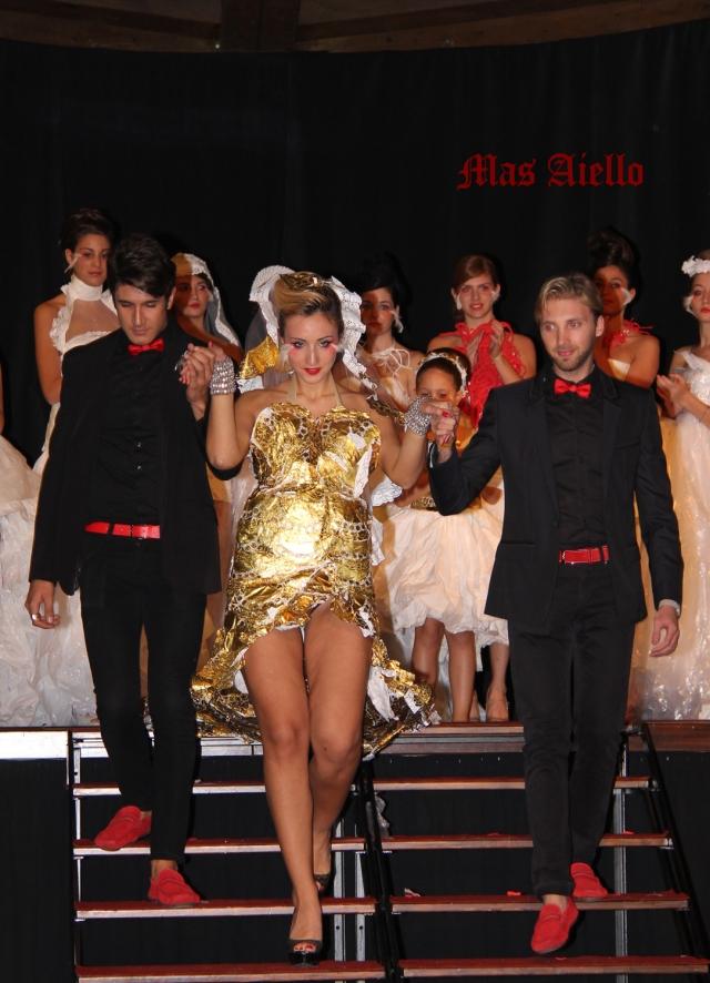 I due stilisti con la modella Sharon Stone Trentacoste